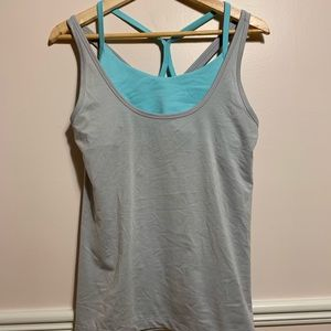 Old navy work out shirt with built in bra